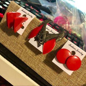 💋3 Pairs of Red Vintage Metal Earrings